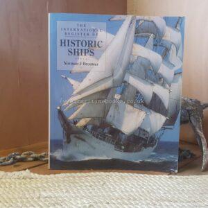 Boats & Ships/Sailing